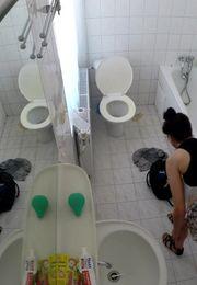 Скрытая камера в женском туалете