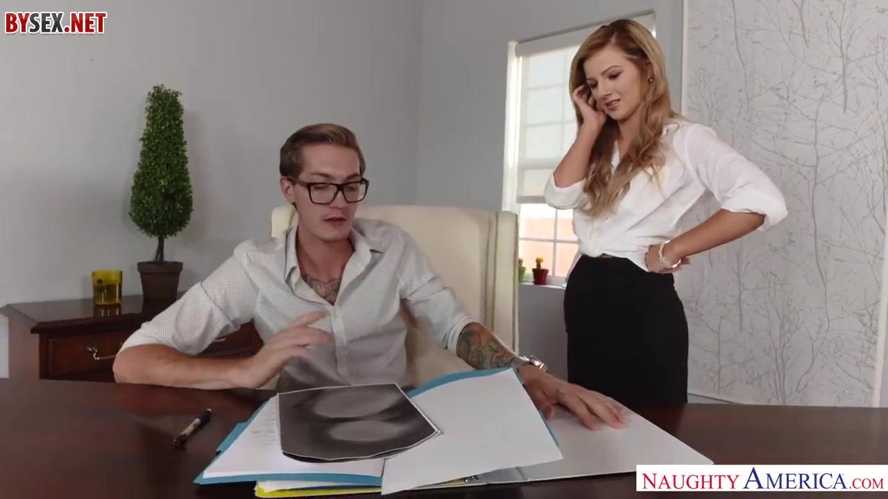 Начальница и подчиненный порно онлайн