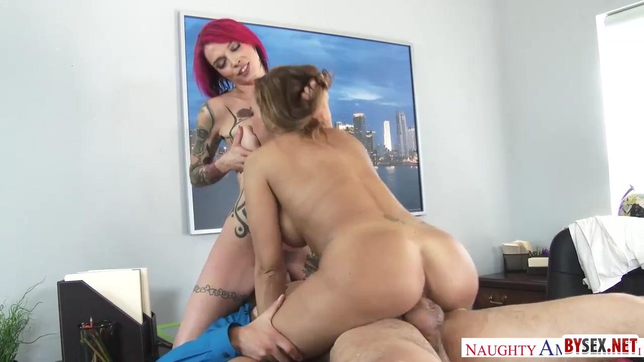 Секс секретарши с начальником видео — pic 12
