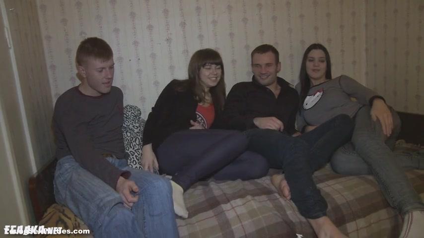 Русское порно встретились на улице две пары
