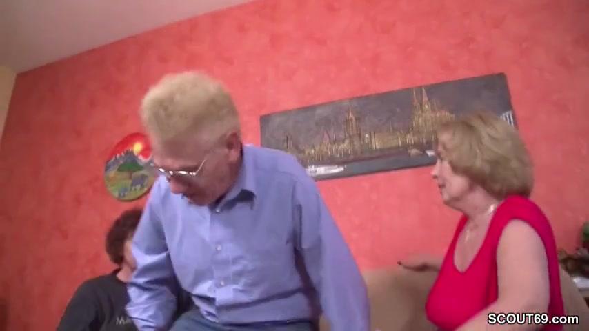 Трахаються бабули
