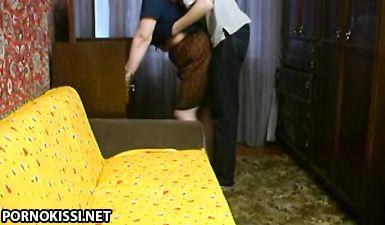 Любительская ебля сына и мамы в хрущевке Тюмени