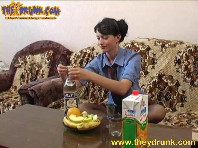 Порно видео русское брюнетка бухая — img 13