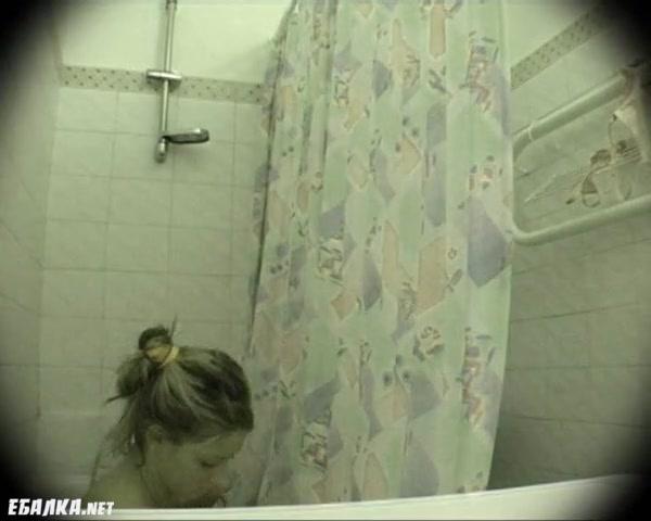 Скрытая камера дочки