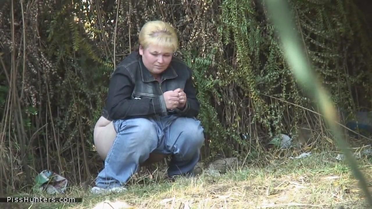 Хуй пизде как девушки писают во дворах в парках видео