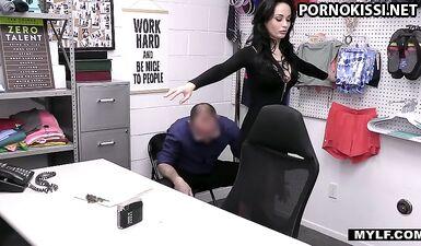Милфа специально отобрала лучших фигуристых зрелых порнозвезд