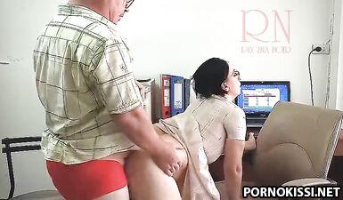 Босс трахает секретаршу, камера безопасности 3
