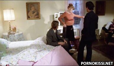 Винтажный секс втроем, вызывающий желание