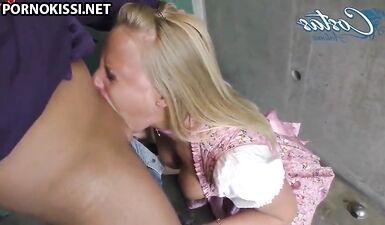 Молодые немки на фесте берут в рот