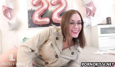 Безумные оргазмы на день рождение с красоткой Линдси Лав