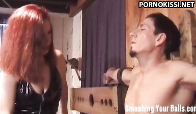 Женское доминирование, бондаж, фетиш и видео с доминированием