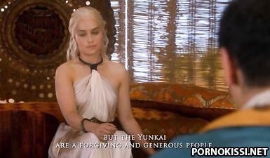 Королеву драконов страстно трахают разные любовники