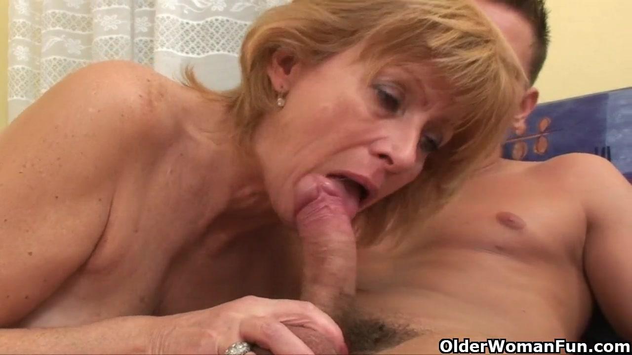 Бабуля с волосатой мандой порно