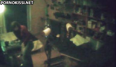 Скрытая камера в кабинете гинеколога сняла молоденькую телку