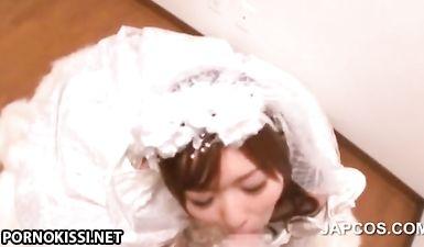 Невеста казашка делает минет другу жениха после свадьбы