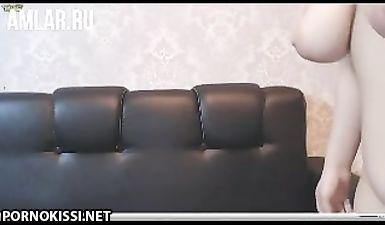 Узбечка с большими сиськами дрочит пизду в порно чате