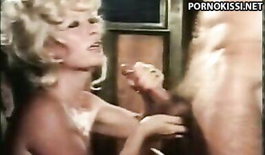Подборка - потрясающие камшоты из ретро видео