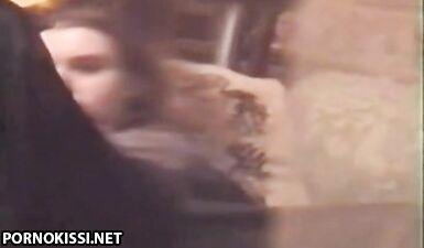 Сняли дрочку молоденькой девушки на срытую камеру