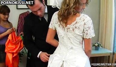 Групповая ебля на подготовке к свадьбе