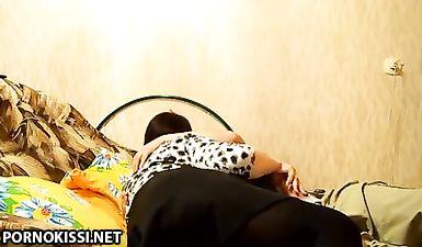Толстая мамочка жестко ебется с сыном в позе наездницы