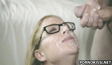 Сборник гэнгбэнг с буккаке, на котором лица женщин залито спермой