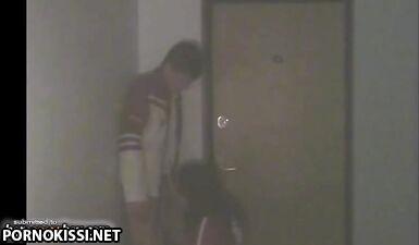 Девушка соблазнила парня с помощью минета и дала в пизду